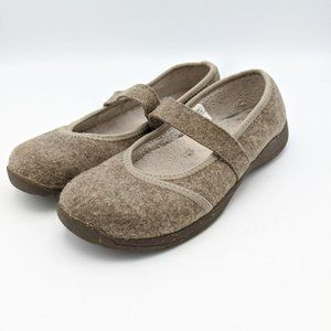 LL Bean Mary Jane Shoes Slip On Wool Beige Womens